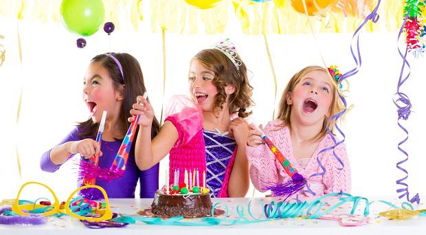A survey has revealed that Irish parents fork out over €5k on children's parties and presents.