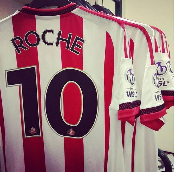 Stephanie Roche will wear the number 10 shirt with Sunderland