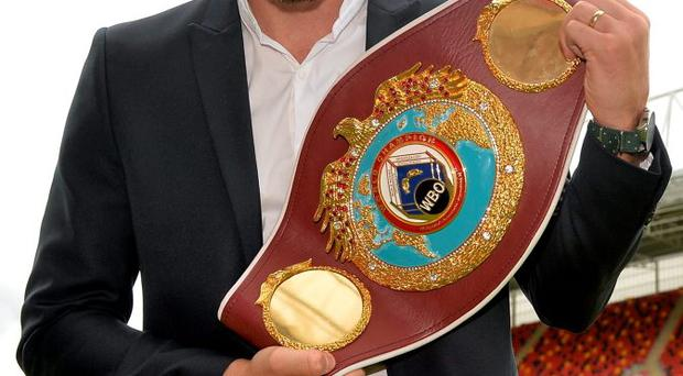 WBO world middleweight champion Andy Lee will defend his title against Billy Joe Saunders
