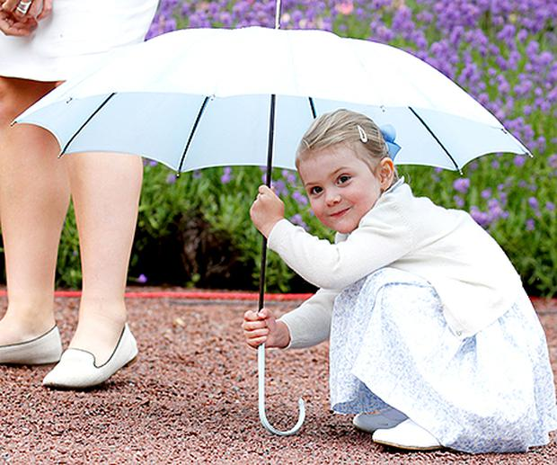 Princess-Estelle-umbrella-467.jpg