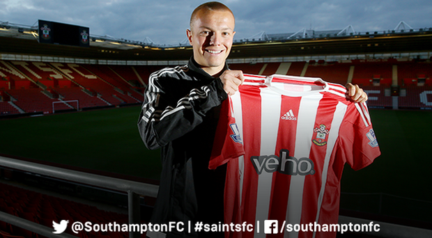 Southampton have announced the signing of Feyenoord midfielder Jordy Clasie