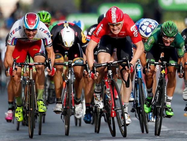 Andre Greipel gets up to win the final stage