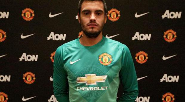 Manchester Uniyed have announced the signing of goalkeeper Sergio Romero