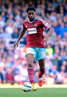 Slaven Bilic insists West Ham have not given up on completing a permanent deal for Barcelona midfielder Alex Song