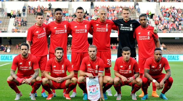 Liverpool team group before the match