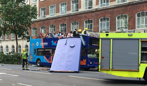 Bus crash on Russell Square, London (Photo: Twitter/@chromanris)