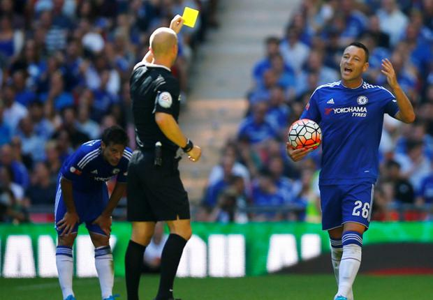 John Terry gets a yellow card.