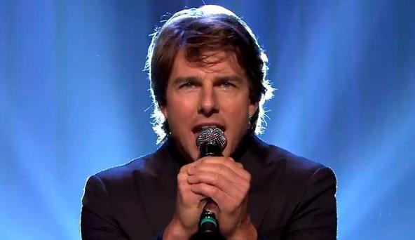 Tom Cruise singing 'I Can't Feel My Face'