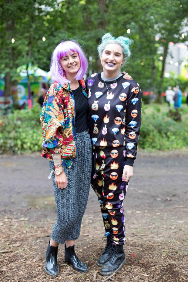 Corinne Allen Bray and Niamh Melia Castleknock at the Castlepalooza Vodafone Centre Stage recharge the 90's dress up day were. Photo by Richie Stokes