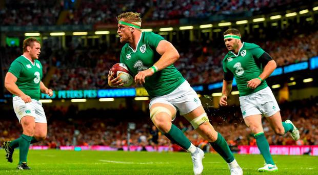 Jamie Heaslip, Ireland, runs in his side's first try of the game. Rugby World Cup Warm-Up Match, Wales v Ireland, Millennium Stadium, Cardiff, Wales. Picture credit: Brendan Moran / SPORTSFILE