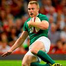Keith Earls scores Ireland's third try