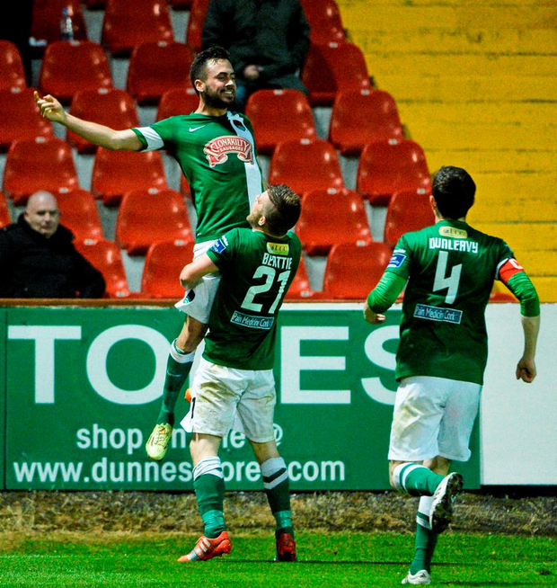 Cork City's Ross Gaynor celebrates after scoring his side's second goal with team-mate Steven Beattie. SSE Airtricity League, Premier Division, Sligo Rovers v Cork City. Showgrounds, Sligo. Picture credit: David Maher / SPORTSFILE