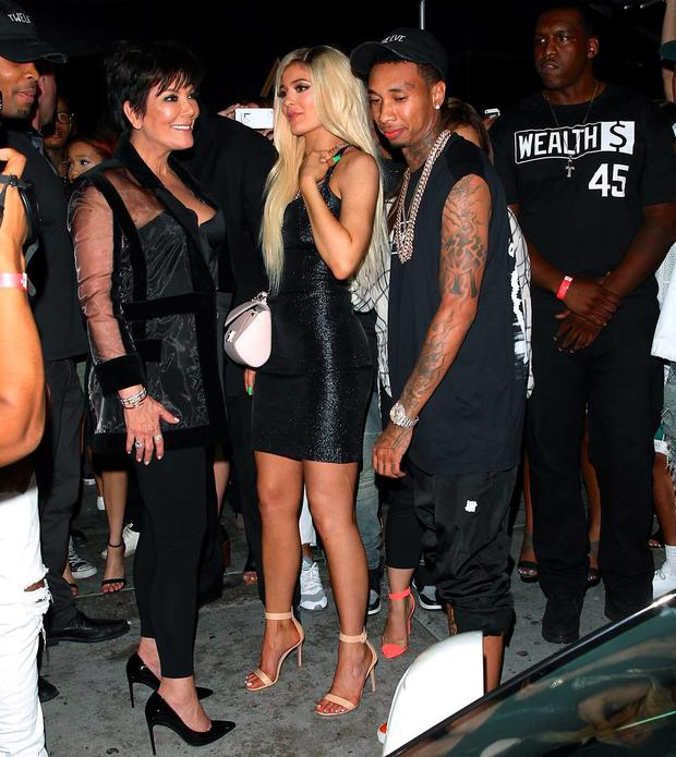 kylie jenner reportedly crashed �280k ferrarione day