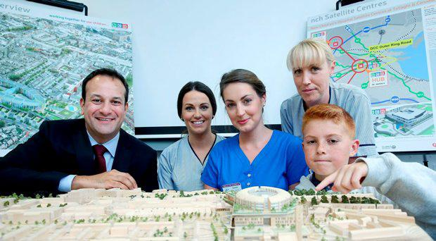 Pictured with a model of the new hospital from left to right are Minister for Health Leo Varadkar , Aoife Dillon, Clinical Education Facilitator, Temple Street Children's Hospital ,Caoimhe Wade, Staff Nurse, Children's Heart Centre, Our Lady's Children Hospital Crumlin ,Amanda McCormack, Nurse, National Children's Hospital Tallaght and Darragh Earry age 12 from the National Youth Advisory Committee