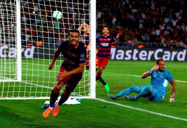 Pedro scores the dramatic winner to help Barcelona win the UEFA Super Cup