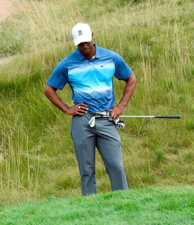 Tiger Woods endured another frustrating round