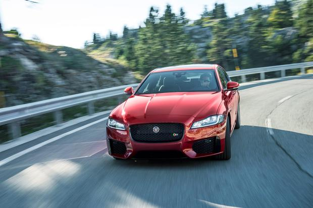 Jaguar's new mid-size saloon, the XF