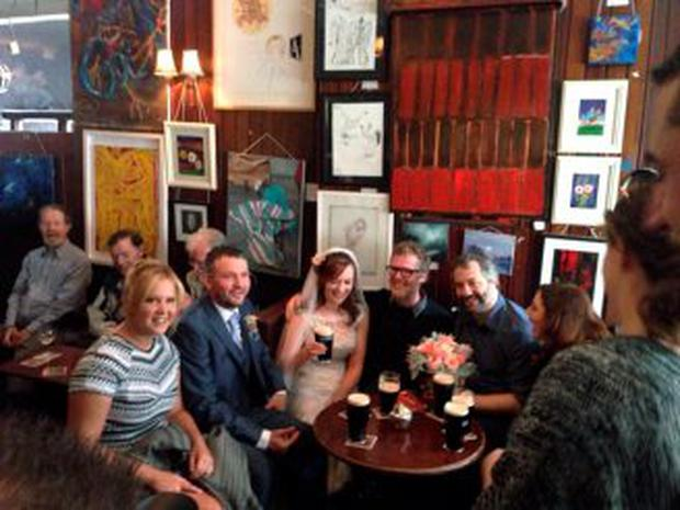 Amy Schumer and Judd Apatow 'crashed' a wedding party in Grogan's pub, where Glen Hansard sang and played guitar
