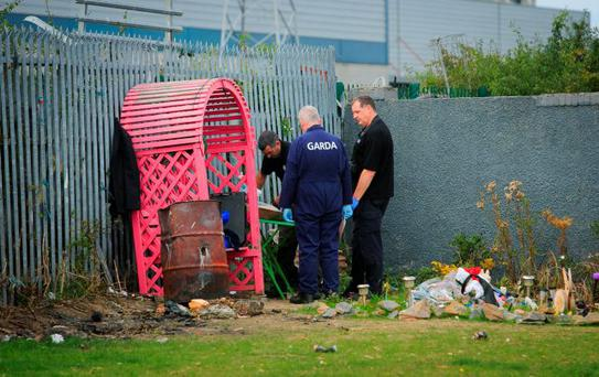 Members of the Garda technical division at the scene of the shooting in Ballyfermot, Dublin. Photo: Gareth Chaney/Collins
