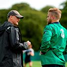 Ireland head coach Joe Schmidt in conversation with Ian Madigan during squad training. Picture credit: Stephen McCarthy / SPORTSFILE