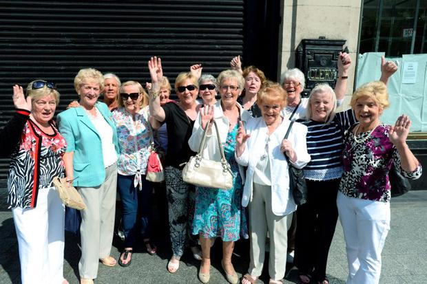 Phyllis Russell, Norah Hunt, Sheila Woods, Bernie Schuhmann, Marie Stanley, Vera Doran, Bella Neville, Gene McMahon, Peggy Fahy, Del Hanlon, Phyllis Doyle, Marie Quigley, Diane Crogan, Connie Whelan and Eithne Curran.