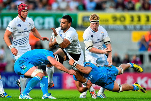 Leinster's Ben Te'o is tackled by Robbie Diack and Darren Cave. Picture credit: Ramsey Cardy / SPORTSFILE
