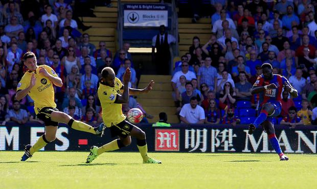Crystal Palace's Bakary Sako scores his side's second goal of the game