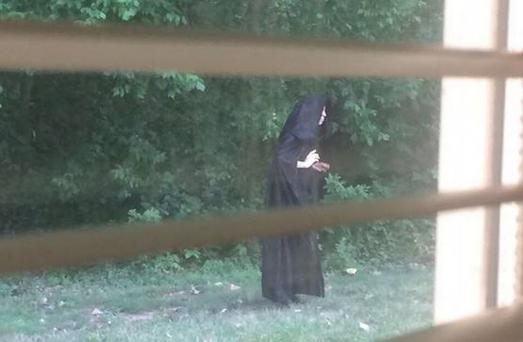 The cloaked figure has sparked reaction online (Photo: Twitter/GazetteDiane)
