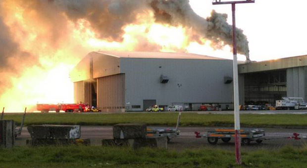 Firefighters battle fire in one of Dublin Airport's hangars (Photo: Twitter/Dublin Fire Brigade)