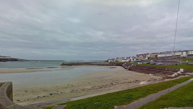 Kilkee Bay looking north towards Burns' Cove (Photo: Google Maps)