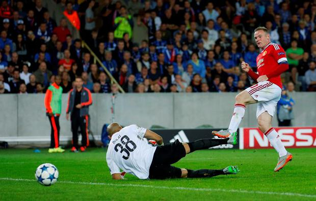 Football - Club Brugge v Manchester United - UEFA Champions League Qualifying Play-Off Second Leg - Jan Breydel Stadium, Bruges, Belgium - 26/8/15 Wayne Rooney scores the third goal for Manchester United and completes his hat trick Action Images via Reuters / Carl Recine Livepic EDITORIAL USE ONLY.