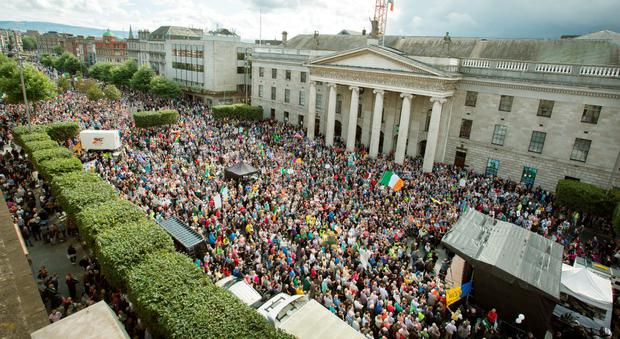 An ariel view of the large crowd which gathered to listen to speakers in O'Connell Street during Anti Water Charges protest yesterday. Photo: Tony Gavin 29/8/2015
