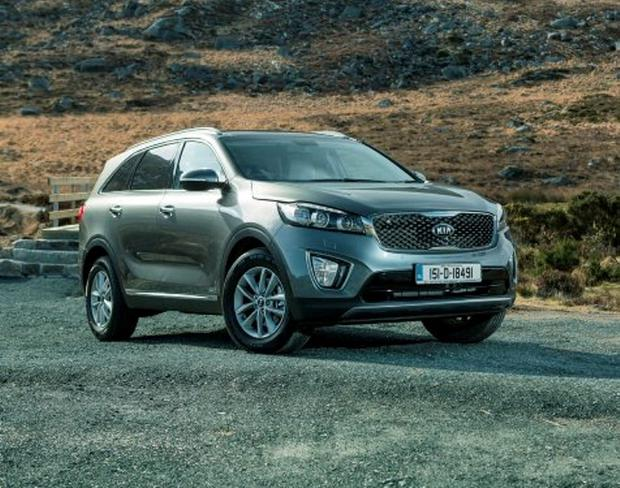 GOOD LOOKS AND FUNCTIONALITY TO BOOT: The new Kia Sorento AWD exhibits the refinement that has been brought to the SUV market. The new model has been refined and offers additional boot space, head and leg room.