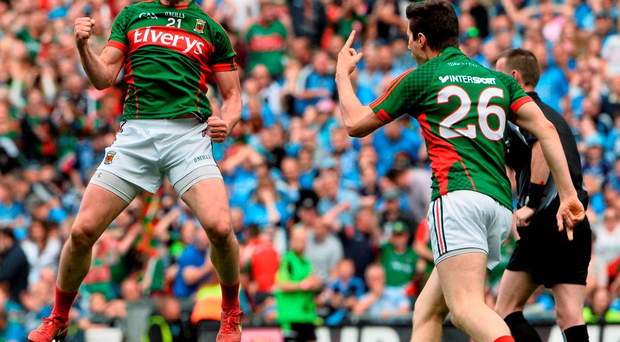Andy Moran, Mayo, celebrates after scoring his side's equalizing point. GAA Football All-Ireland Senior Championship, Semi-Final, Dublin v Mayo, Croke Park, Dublin. Picture credit: David Maher / SPORTSFILE