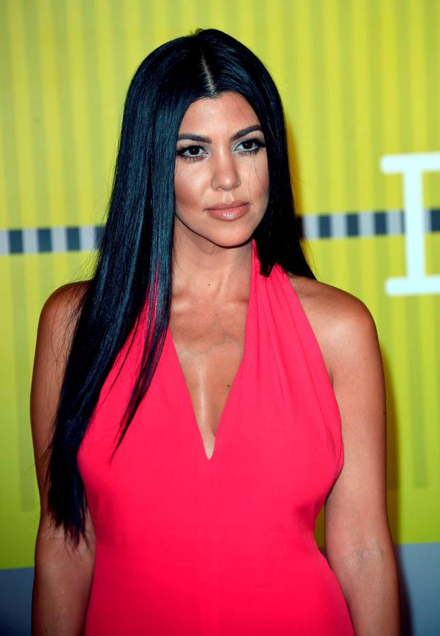 Kourtney Kardashian arrives on the red carpet at the MTV Video Music Awards