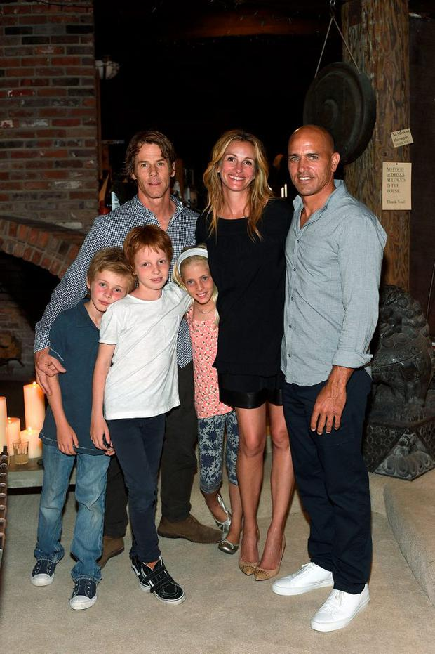 Daniel Moder, Julia Roberts, Kelly Slater, Phinnaeus Moder, Henry Daniel Moder and Hazel Moder attend Kelly Slater, John Moore and Friends Celebrate the Launch of Outerknown at Private Residence on August 29, 2015 in Malibu, California. (Photo by Stefanie Keenan/Getty Images for Outerknown)