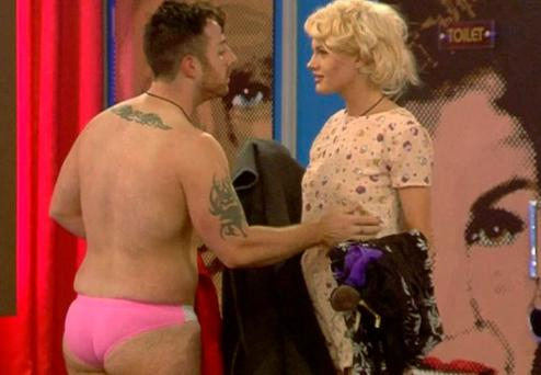 Chloe Jasmine tells Stevi she's not bothered by his hot tub antics with