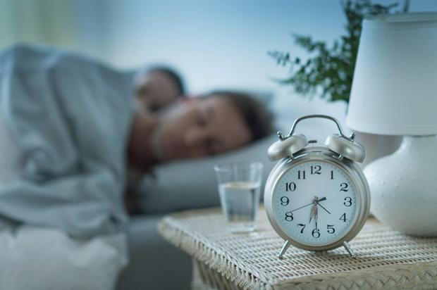 People who sleep six hours a night are four times more susceptible to colds than those who sleep more than seven hours.