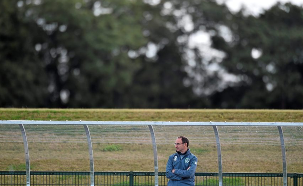 Republic of Ireland manager Martin O'Neill watches on during squad training. Picture credit: David Maher / SPORTSFILE