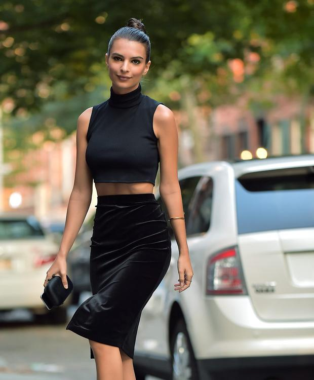 Emily Ratajkowski is seen in the West Village on September 2, 2015 in New York City. (Photo by Alo Ceballos/GC Images)