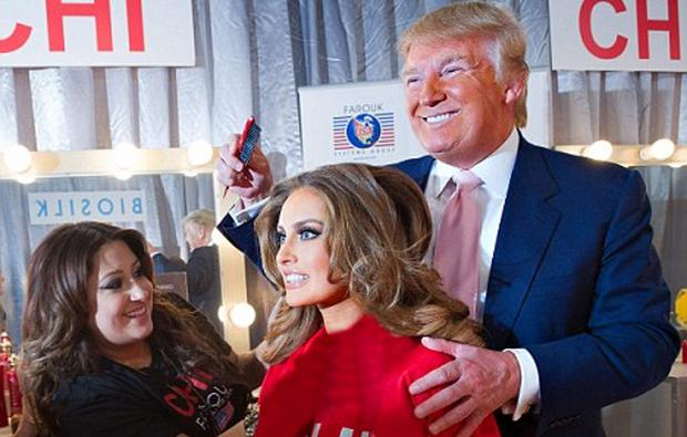 Rozanna Purcell at the Miss Universe pageant in 2010 with Donald Trump