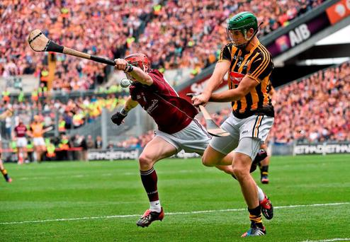 6 September 2015; Shane Prendergast, Kilkenny, in action against Conor Whelan, Galway. GAA Hurling All-Ireland Senior Championship Final, Kilkenny v Galway, Croke Park, Dublin. Picture credit: David Maher / SPORTSFILE