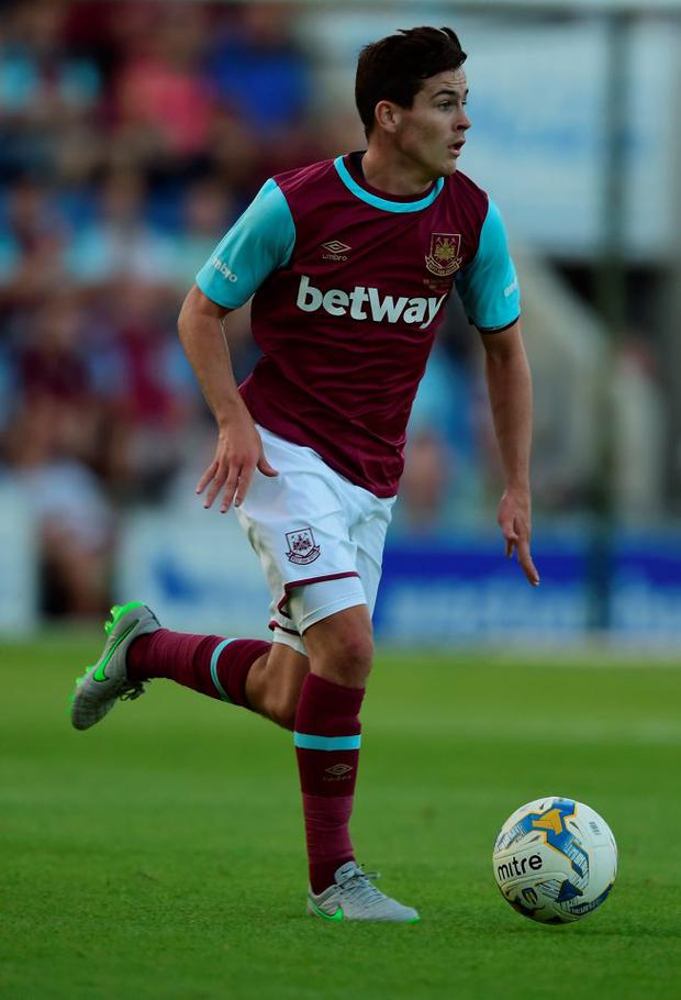 West Ham's Josh Cullen, who has already been touted as one for the future by manager Slaven Bilić, signed a new contract on transfer deadline day