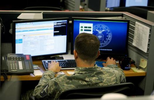 A U.S. Air Force airman works at the 561st Network Operations Squadron (NOS) at Petersen Air Force Base in Colorado Springs, Colorado July 20, 2015. REUTERS/Rick Wilking