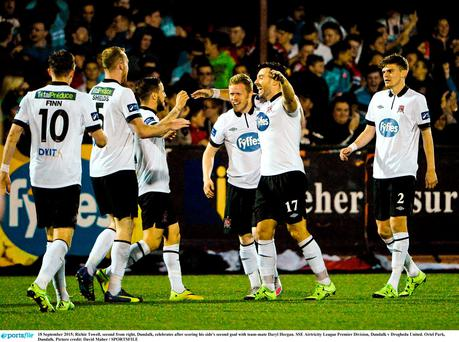 Richie Towell, second from right, Dundalk, celebrates after scoring his side's second goal with team-mate Daryl Horgan