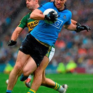 Michael Darragh MacAuley, Dublin, in action against Aidan OMahony, Kerry. GAA Football All-Ireland Senior Championship Final, Dublin v Kerry, Croke Park, Dublin