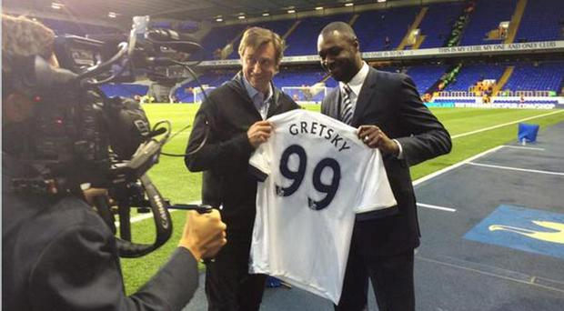 Wayne Gretzky was given the jersey at White Hart Lane by Ledley King