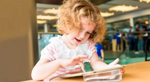 Research from US education experts has shown that giving iPads to children under 10 can lead to more 'integrated' reading patterns