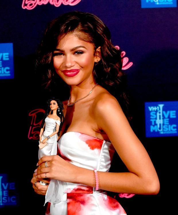 Actress/singer Zendaya arrives at the Barbie Rock 'n Royals concert experience benefiting VH1 Save The Music Foundation at the Hollywood Palladium on September 26, 2015 in Los Angeles, California. (Photo by Kevin Winter/Getty Images)