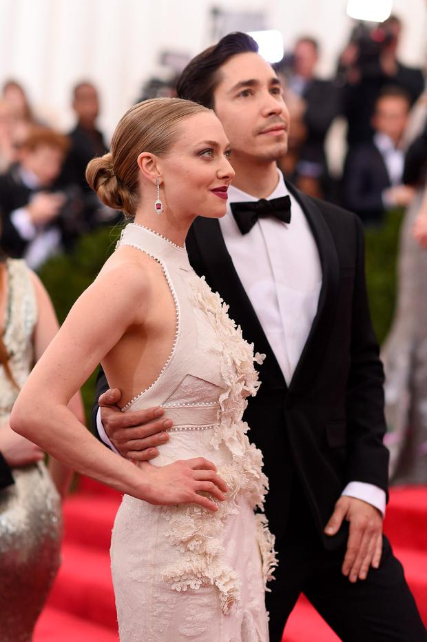 Amanda Seyfried and Justin Long attend the